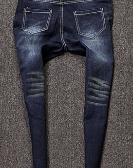 Letters-spell-jeans-3