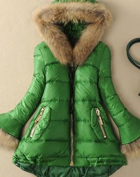 raccoon-fur-stitching-white-duck-down-jacket-1