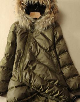 women-hooded-fur-collar-1
